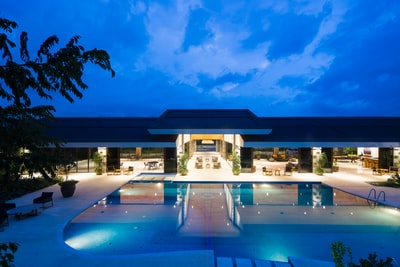 How to book hotel rooms in the siesta and spa key hotels